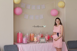 Cute as a button - Candy bar with Sweet Baby signage